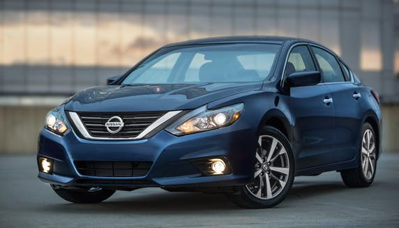 Why Buying a Nissan Altima Car Is a Smart Decision in the UAE ...