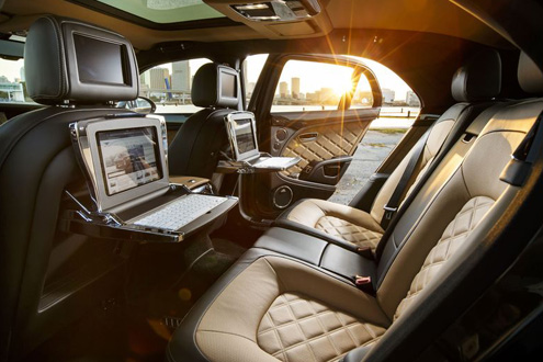 Cool Features Found In Luxury Cars In Dubai Newsroom - Cool cars in dubai