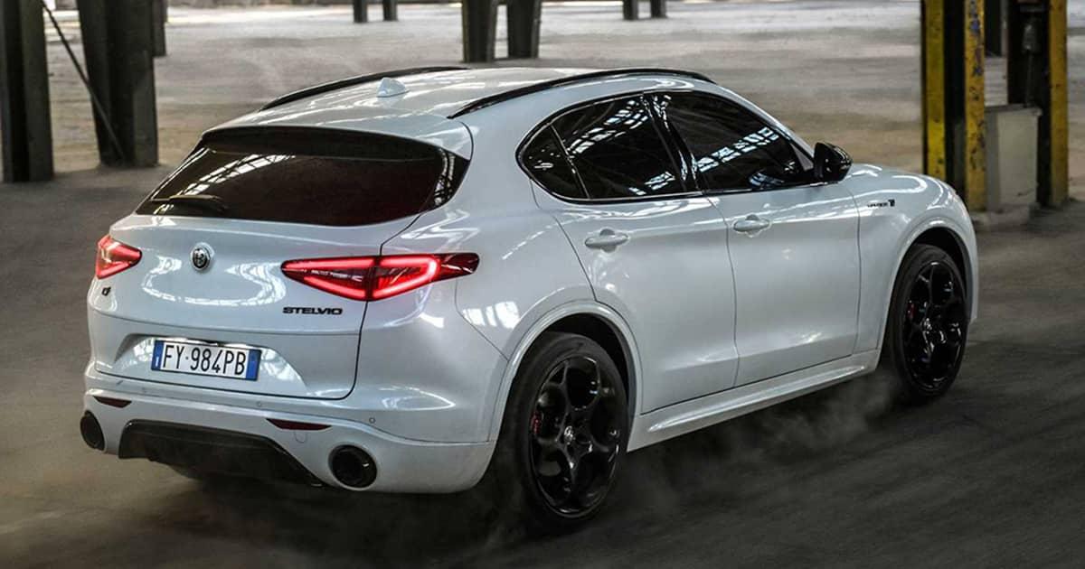 2021-Alfa-Romeo-Stelvio-Veloce-Ti-2