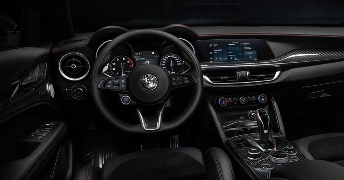 2021-Alfa-Romeo-Stelvio-Veloce-Ti
